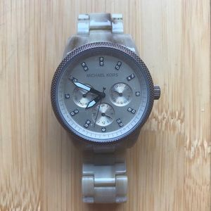 Michael Kors Ritz MK5641 Bone colored Watch